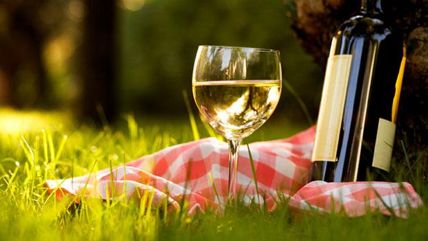 традиционное белое вино